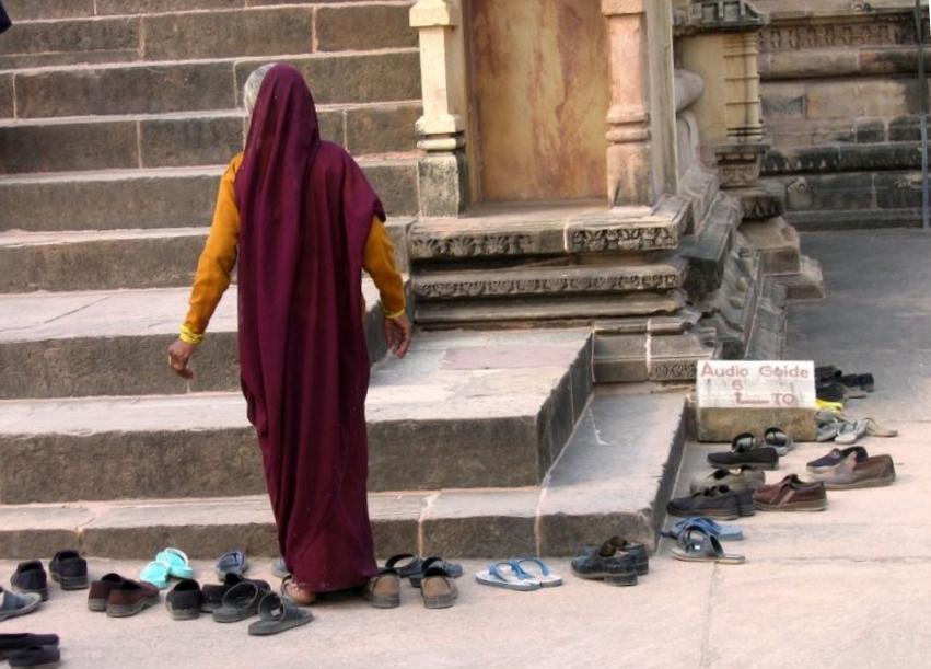 вход в храм индии