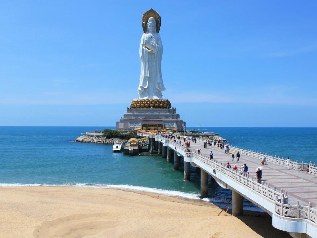 статуи бодхисаттвы Гуаньинь